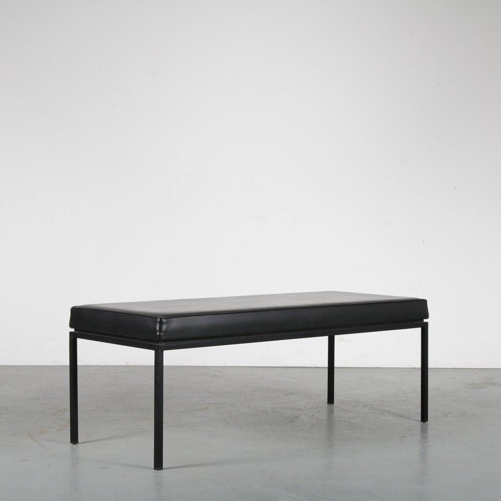 m24103 1960s Small waiting room bench, black metal base with black skai upholstery A.P. Polak / Netherlands