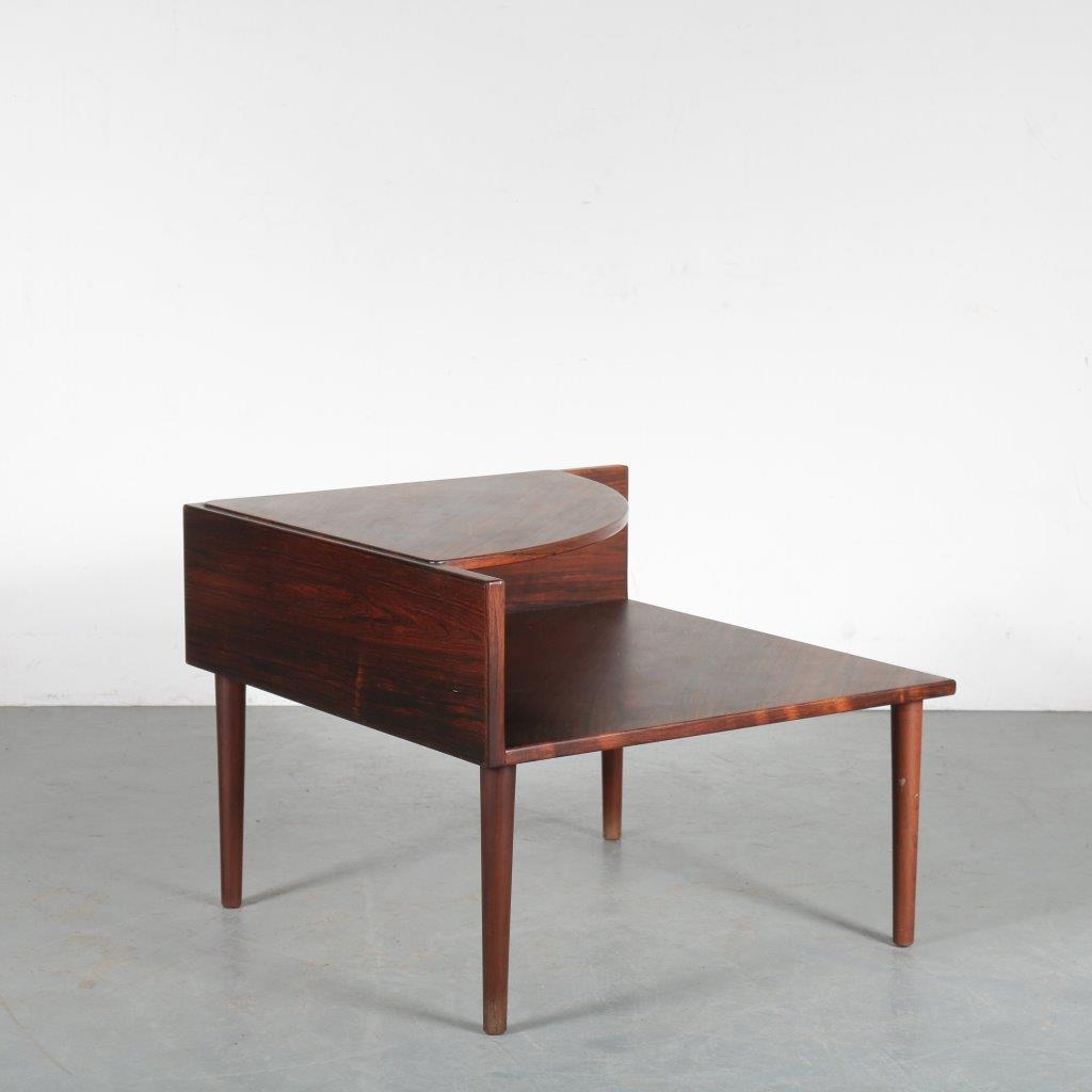 m24191 1960s Roswewooden corner / coffee table Denmark