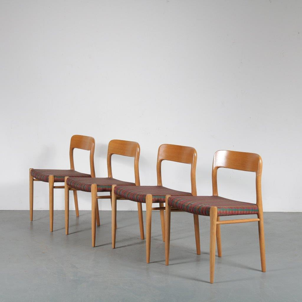 m23814 1960 Oak Moller dining chairs from Denmark