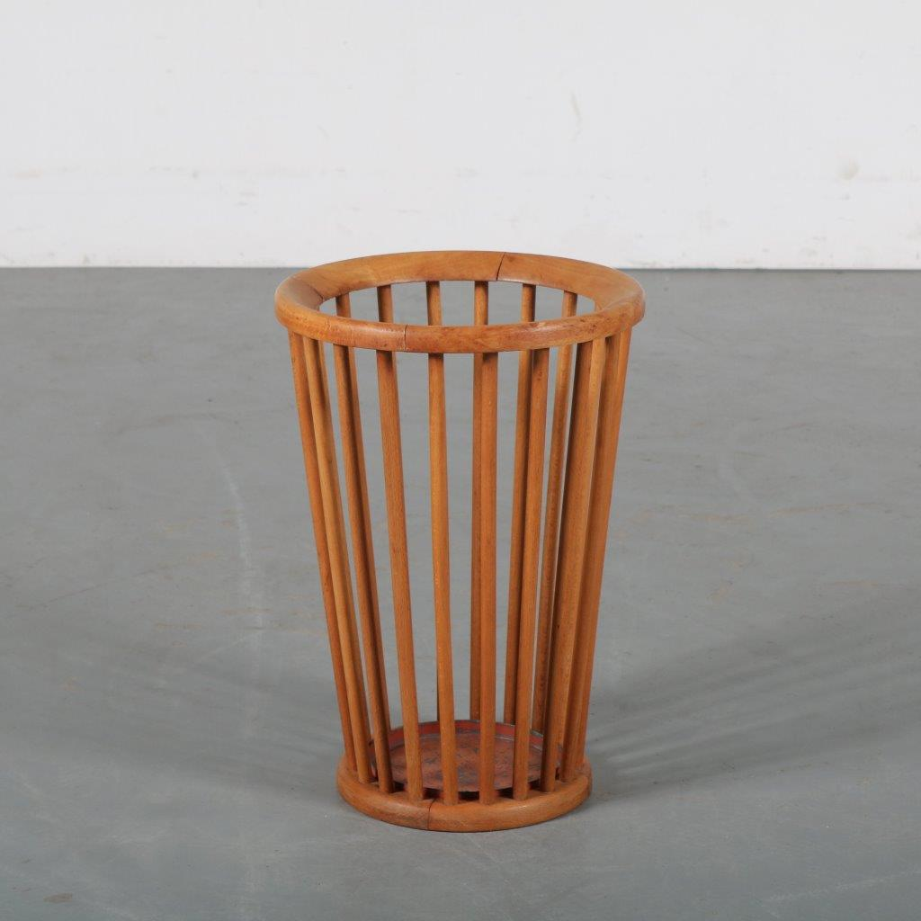 m24207 1950s Wooden umbrella stand Willem van Gelderen Spectrum / Netherlands