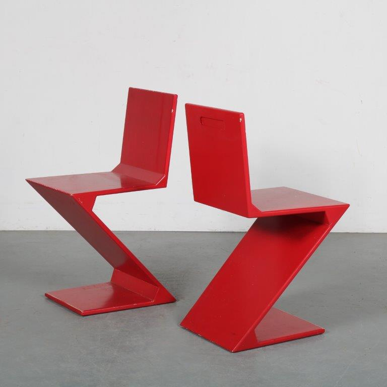 INC73 1970s Red lacquered zigzag chairs from the Netherlands