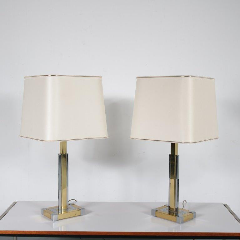 L4494 1970s Pair of chrome with brass plated table lamps Lumica / Spain