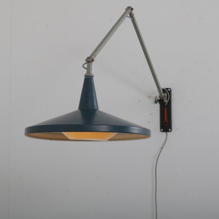 L4432 1950s Panama wall lamp, grey arm and blue hood, original diffuser Wim Rietveld Gispen / Netherlands