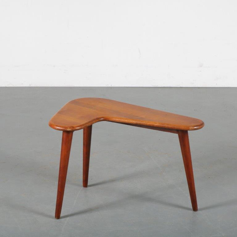 m24201 1950s Small boomerang shaped teak side table Netherlands