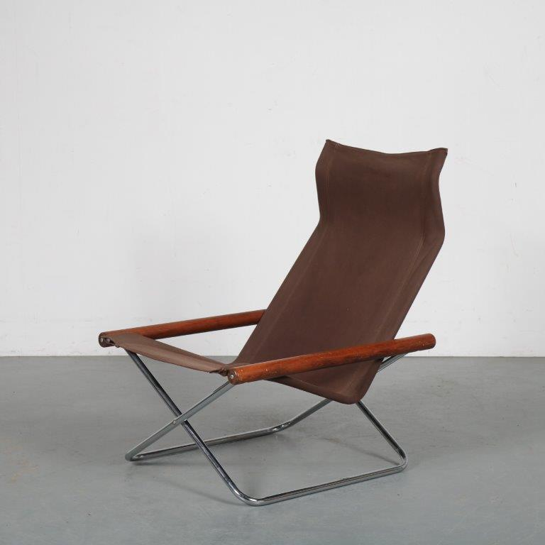 m23995 1960s Foldable easy chair on chrome base with wooden armrests and brown canvas seat Takeshi Nii Jox Interni / Italy