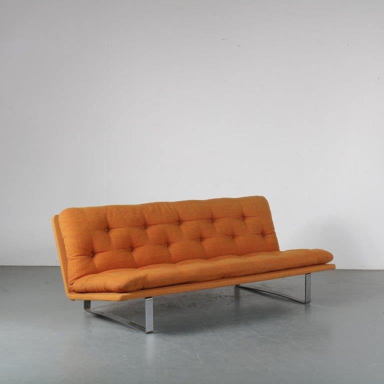 m23642 1960s 3-Seater sofa on chrome metal base with original orange fabric Kho Liang Ie Artifort / Netherlands
