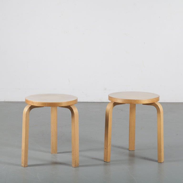 m24339-40 1960s birch bar stool with white seat Model K65 Alvar Aalto Artek / Finland