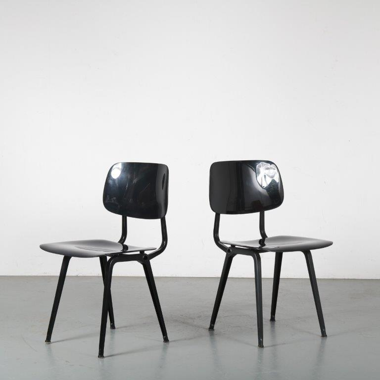 m24361-2 1990s re-edition revolt chair black plastic seat and back and black metal frame Friso Kramer Ahrend / NL