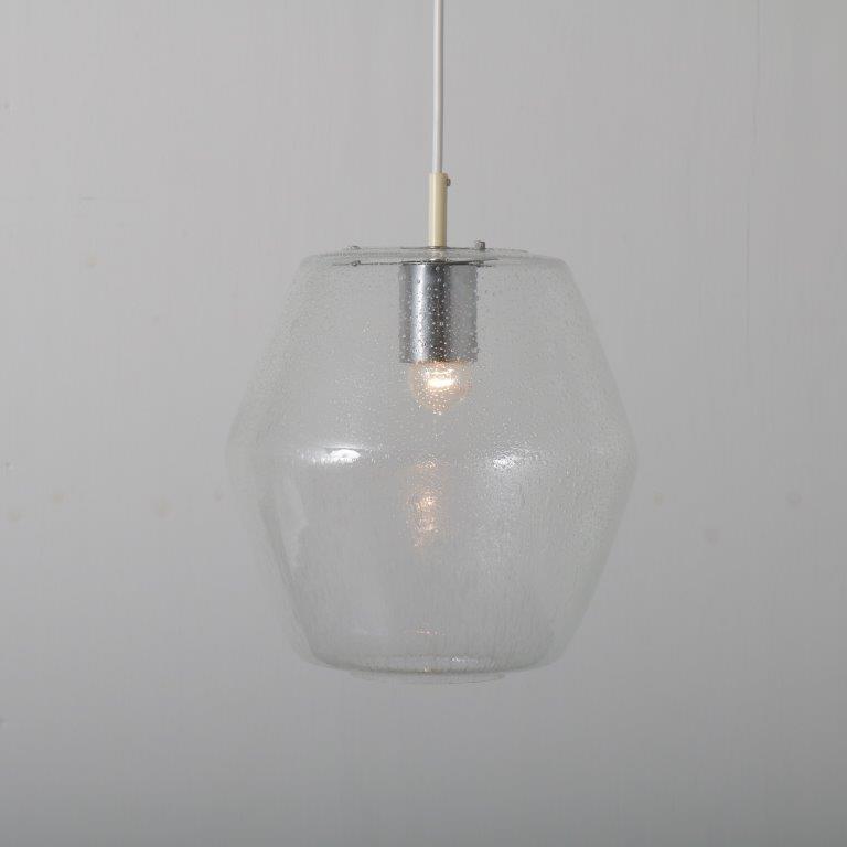L4514-8 1960s hanging lamp model Kristall B1217 Raak Nl