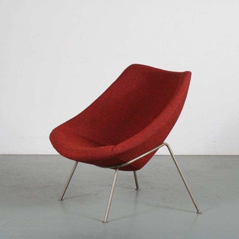 m24407 1950s easy chair model oyster with new opholstery Piere Paulin Artifort NL