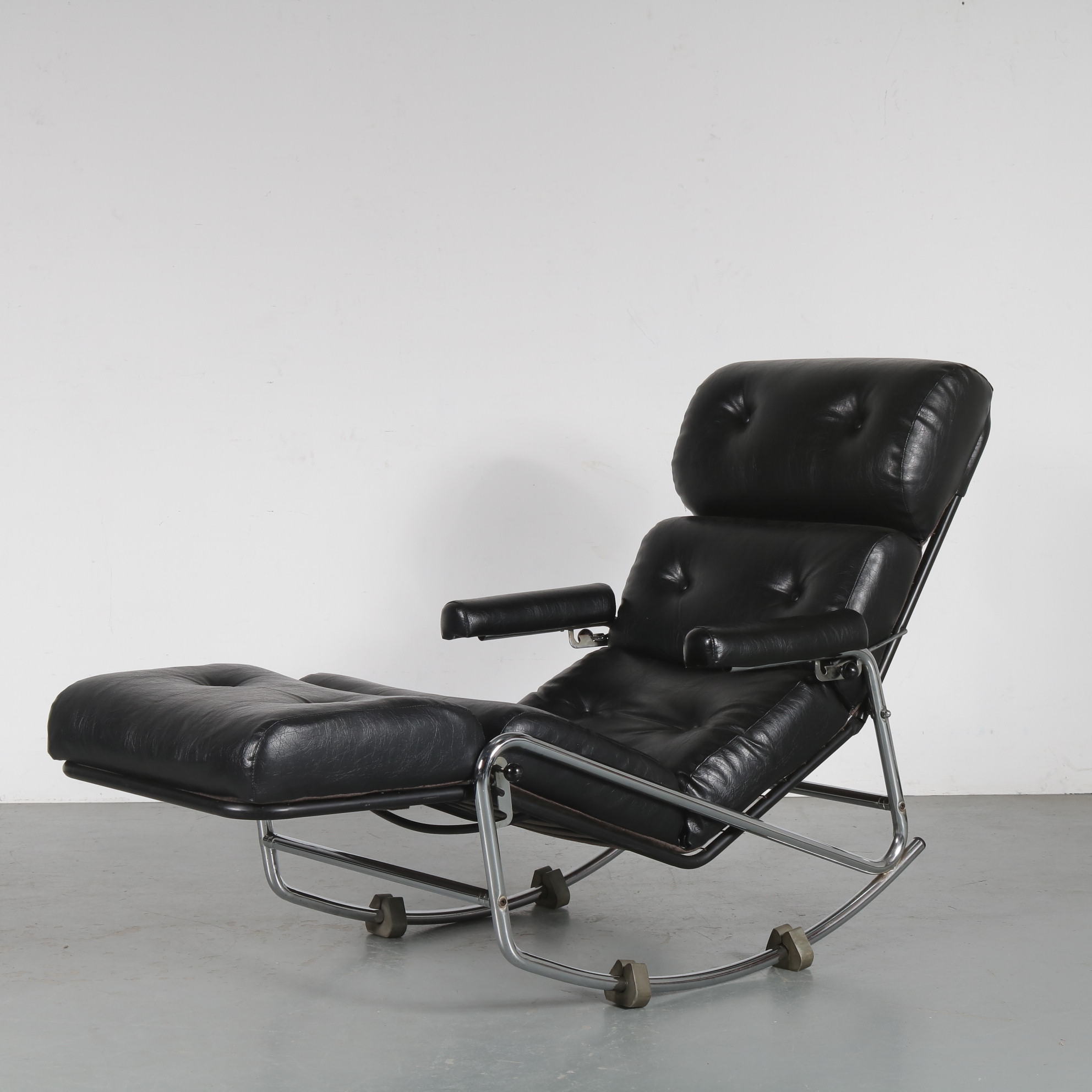 INC79 Rocking Lounge Chair, attributed to Jacques Adnet from France 1970