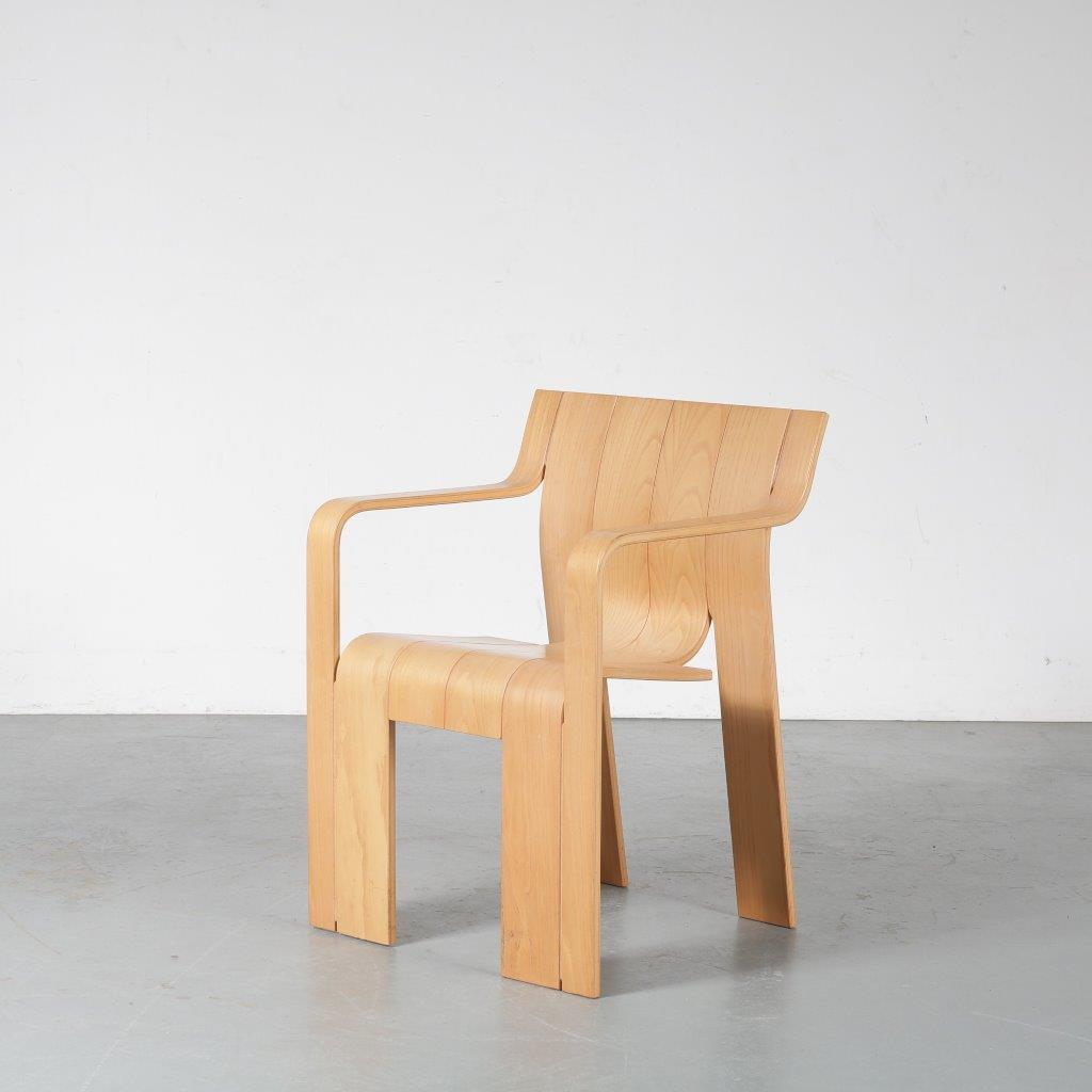 "m24597-603 1970s ""Strip"" dining / side chair in beech, stackable, with armrests Gijs Bakker Castelijn / Netherlands"