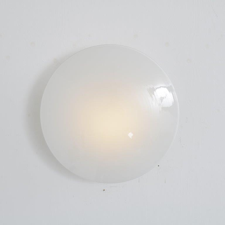 L4556 1950s AJ Eklipta wall / ceiling lamp in white metal with glass shade Arne Jacobsen Louis Poulsen / Denmark