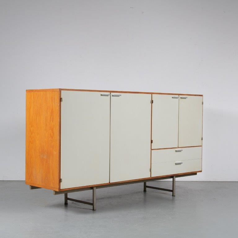 m24503 1960s Sideboard in wood with white doors and metal base Cees Braakman Pastoe / Netherlands