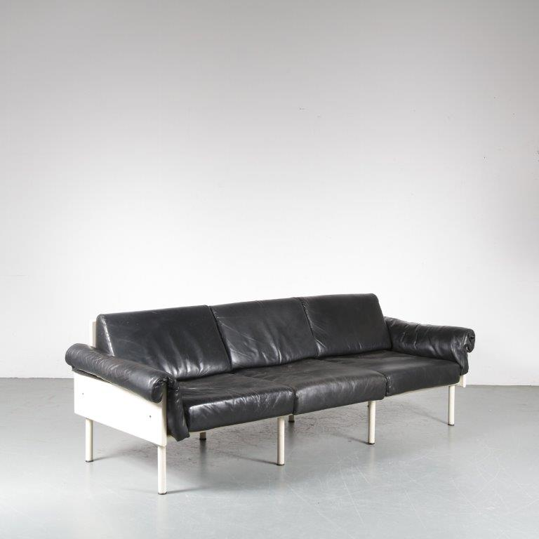 "m24777 1960s 3-Seater sofa on white metal base with white wooden sides and black leather upholstery model ""Atelier"" Yrjö Kukkapuro Haimi / Finland"