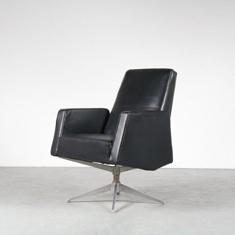 m24860 1950s black skai desk chair on aluminium cross base Theo Ruth Artifort NL