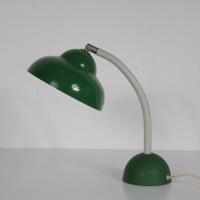 L4597 1960s Desk lamp green metal base and hood with white flexible arm Frits Muller Temde Leuchten / Germany