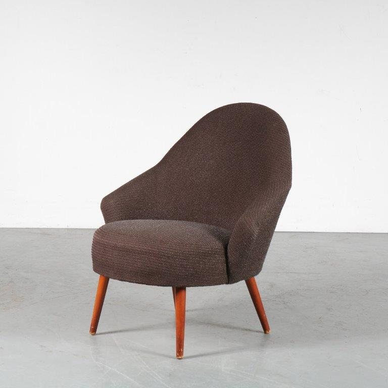 m24705 1950s cocktail chair on wooden legs with brown fabric upholstery NL
