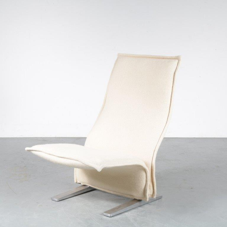 m24706 1970s easy chair on aluminium base with white fabric upholstery model Concorde Pierre Paulin ArtifortNL