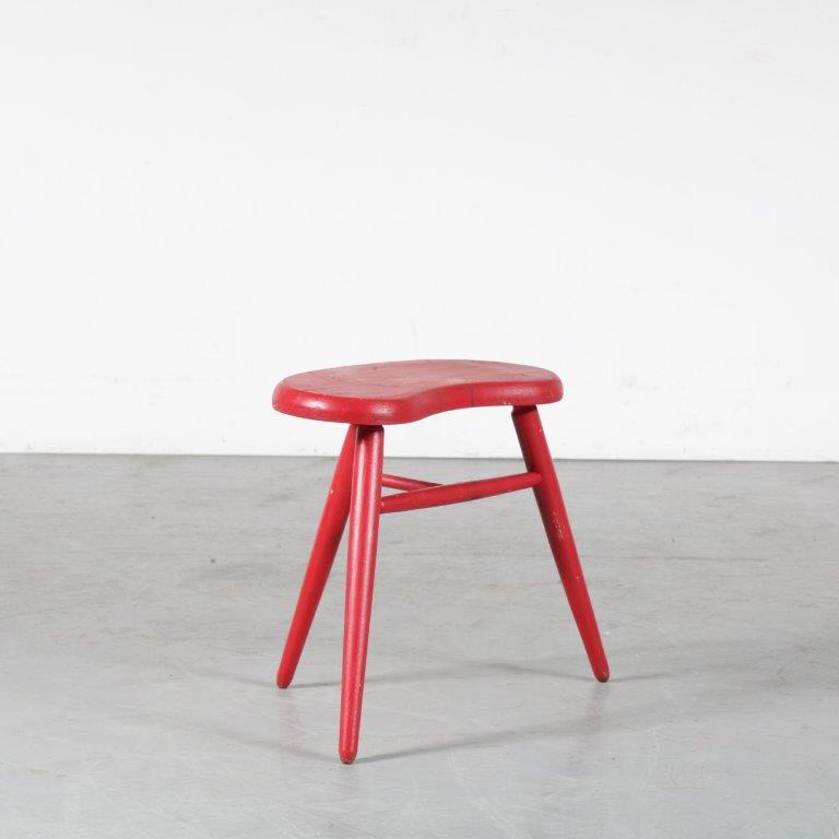 m24812 1950s Tripod red painted stool