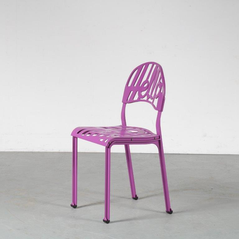 m24884 1960s Hello chair in purple Jeremy Harvey Artifort Netherlands
