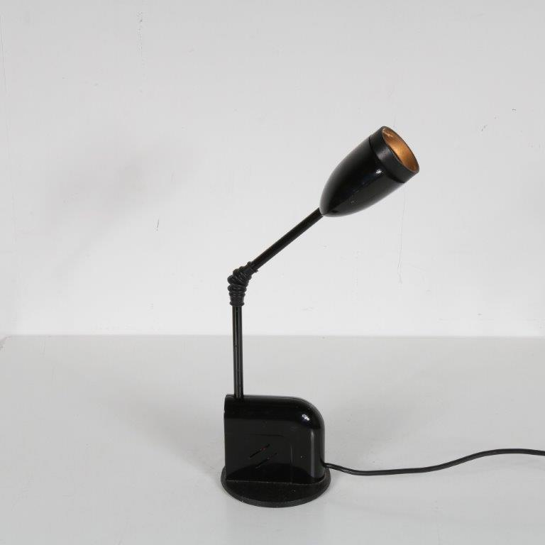 L4598 1970s Black adjustable desk lamp T. Kita Luci Italy