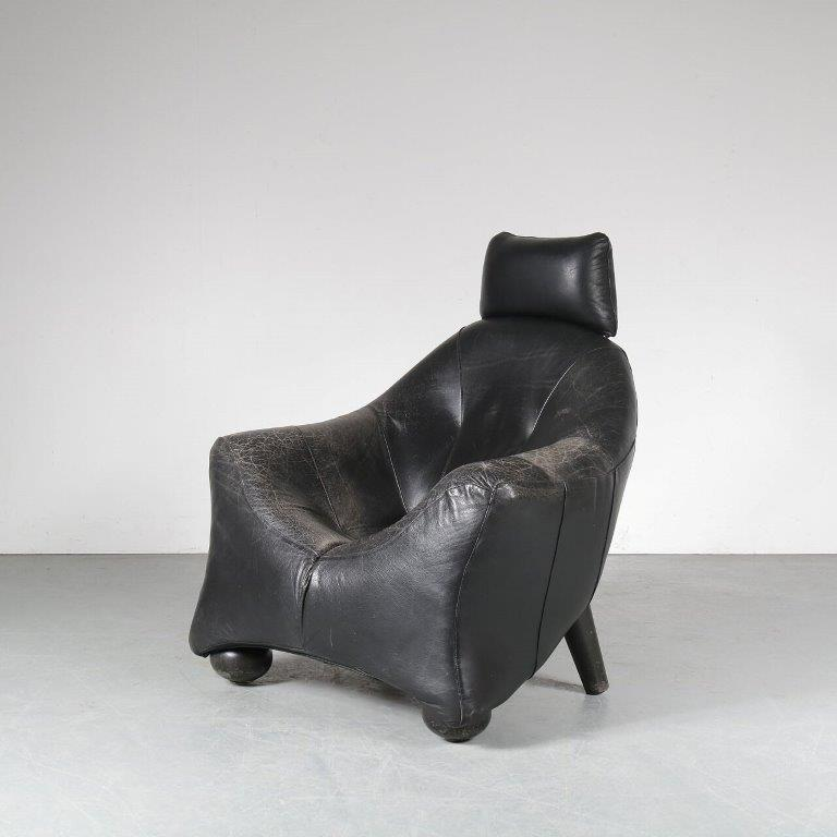 m24909 1970s rare large black leather easy chair