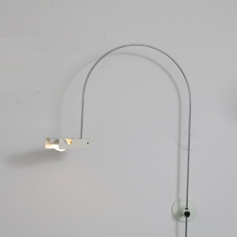 L4664 1960s Wall mounted Arc Lamp, model Spider Joe Colombo Oluce Italy