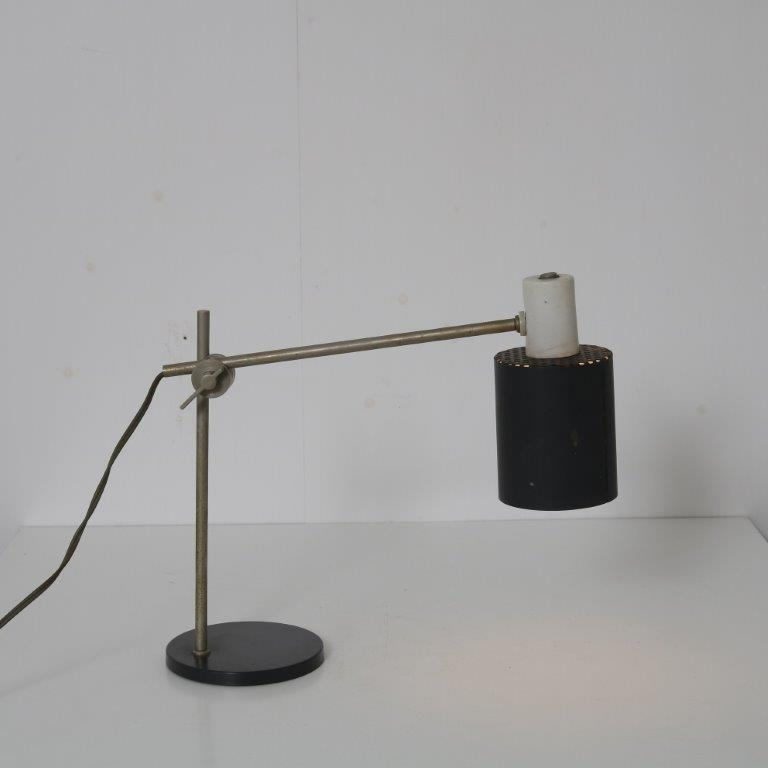 L4659 1950s Desk lamp chrome with black metal H. Busquet Hala Netherlands
