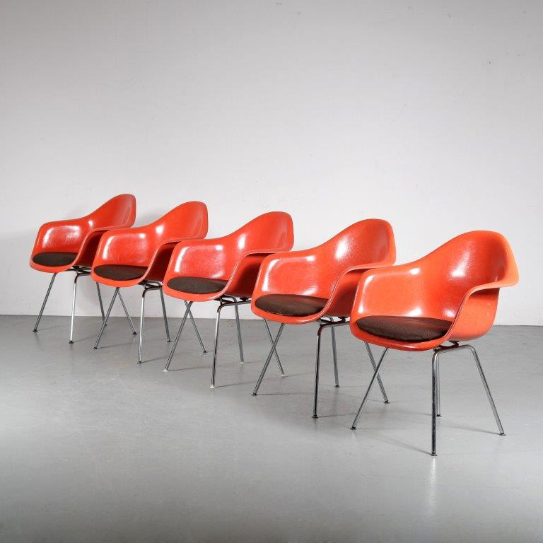 m25183 1970s Set of 5 orange fiberglass chairs with original chrome metal H-base and brown seating pad Eames Herman Miller for Vitra / Germany