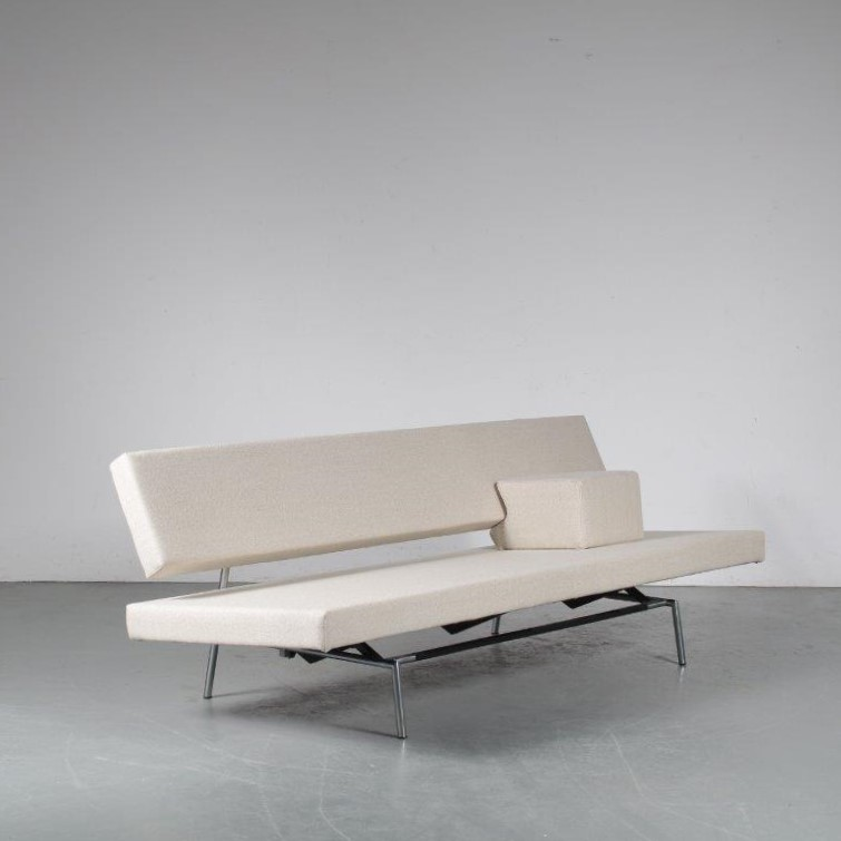 A 1960s sofa / sleeping bench designed by Martin Visser, manufactured by 't Spectrum in the Netherlands around 1960