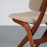 m25255 1950s Teak dining set with beige fabric upholstery, 4 chairs + table Louis van Teefellen WéBé / Netherlands