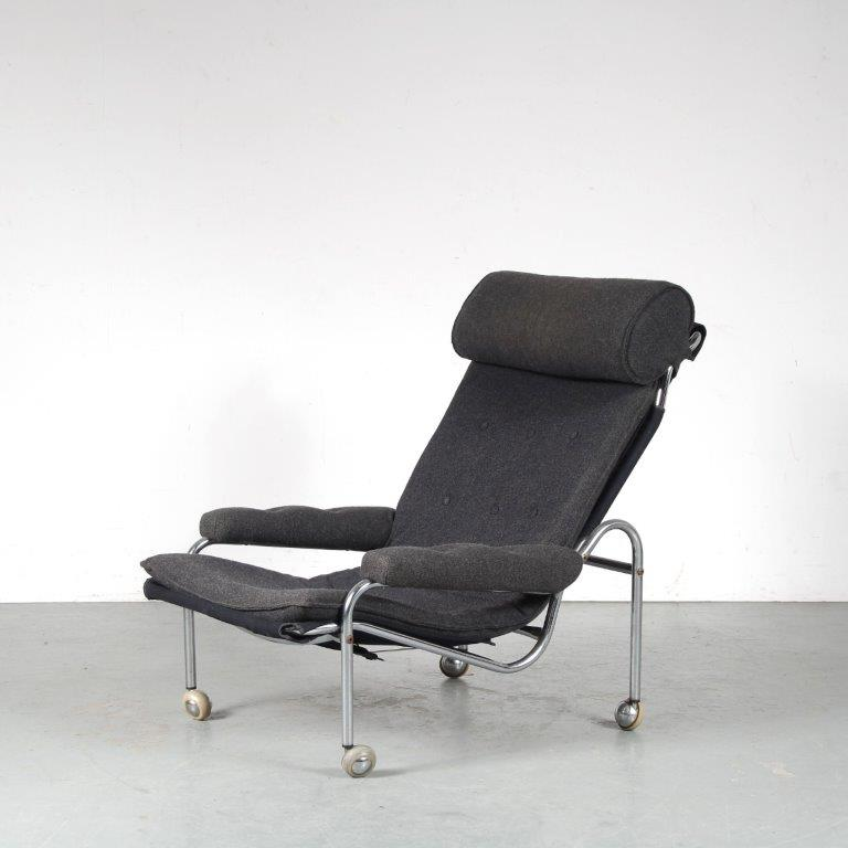 INC92 1970s Easy chair on chrome metal base with grey upholstery by Nobotu Nakamura for IKEA, Sweden