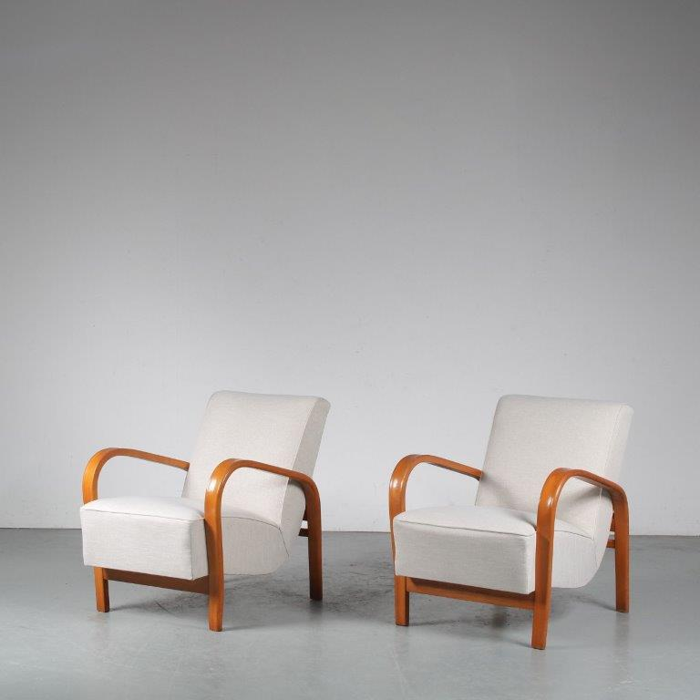 1950s Halabala style lounge chairs from the Czech Republic