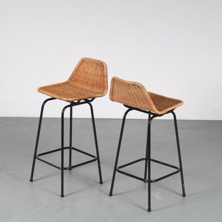m25363+6 1950s Bar stool on black metal base with wicker seat Dirk van Sliedregt Gebroeders Jonkers / Netherlands