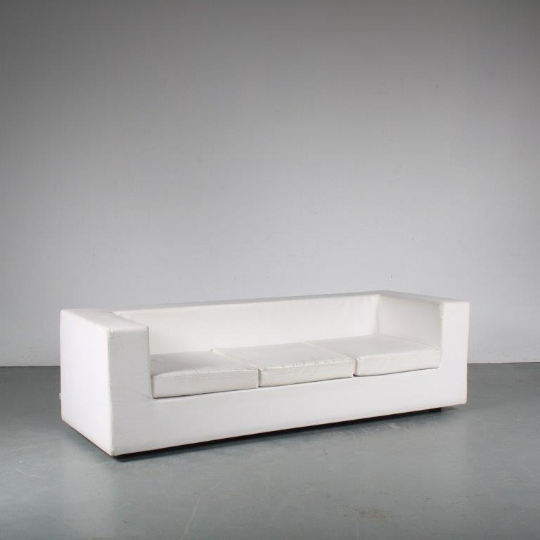 m25452 1960s throw away 3-seater sofa in white vinyl Willie Landels Zanotta Italy