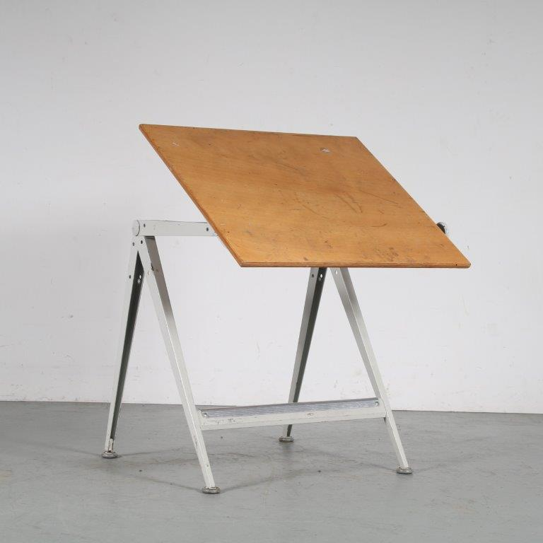 m25213 1950s White metal with wood adjustable drawing table Wim Rietveld Ahrend de Cirkel / Netherlands
