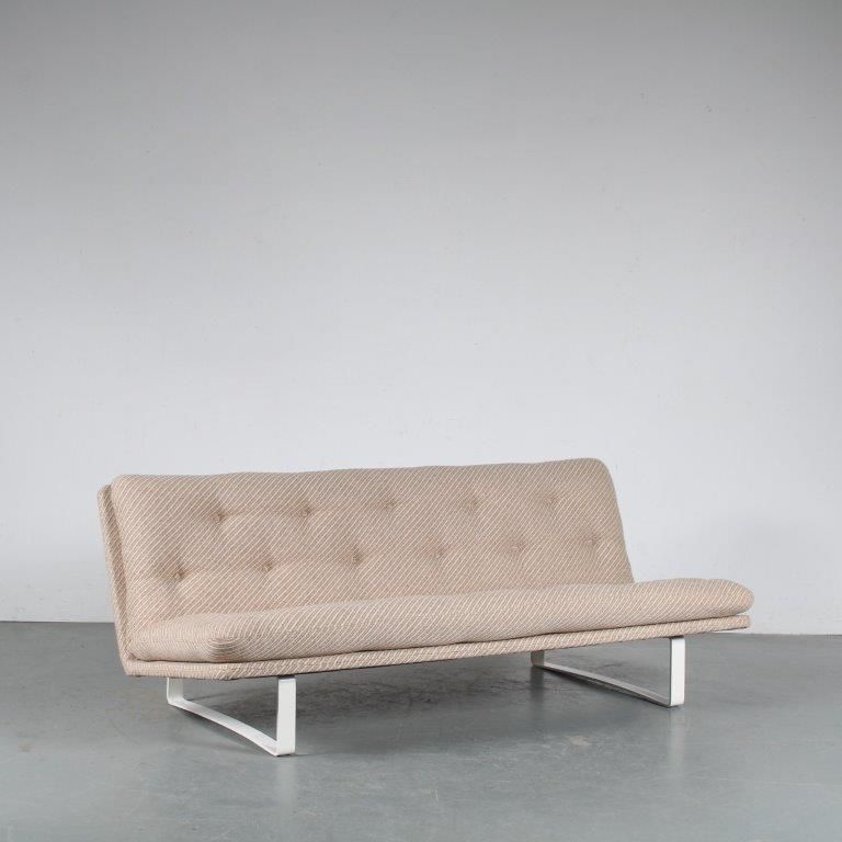 m10749 1960s 3-Seater sofa model C684 by Kho Liang Ie for Artifort, Netherlands