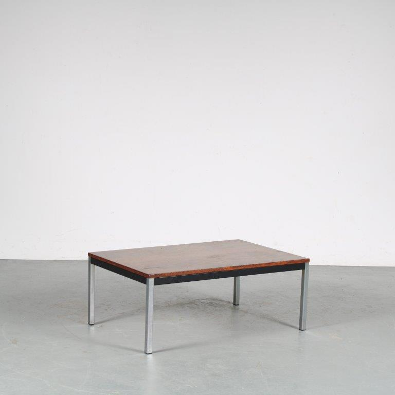 m25503 1960s Rectangular coffee table, chrome with black metal base and wengé top Martin Visser Spectrum / Netherlands
