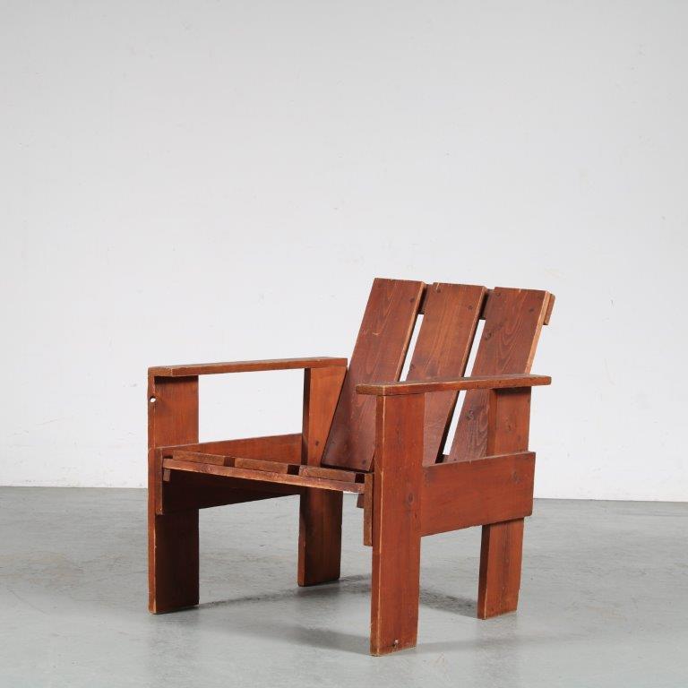 m25524 1960s Pine wooden modernist Crate chair Gerrit Rietveld Netherlands