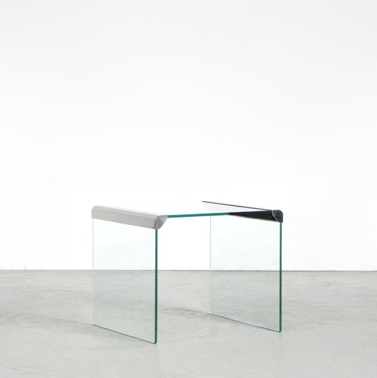 m25564 1970s Square glass side table with chrome details Pierangelo Gallotti Gallotti & Radice / Italy
